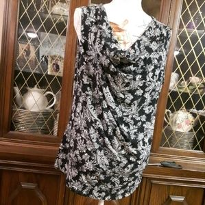 Reitman Size XL Black And White Floral Tank top